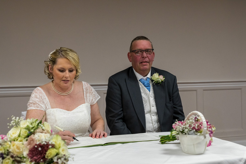 Wedding of Gaynor Oliver and Carl Mason at the Quorn Grange Hote